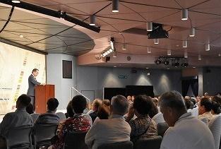 加賀前田家18代当主・前田利祐先生講演「加賀百万石を創った人々」が行われた。
