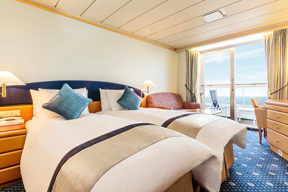 海からの優しい光がお部屋を包みこみます