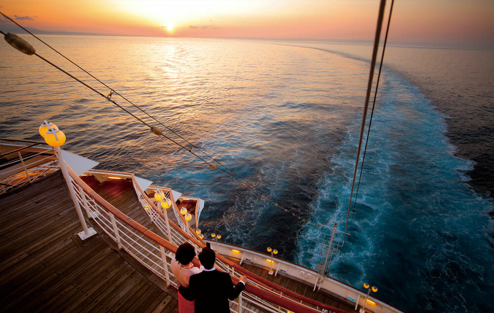 年末は広々とした船内で悠々と