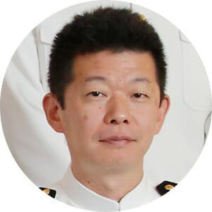 飛鳥Ⅱ ホテルマネージャー 吉田悟