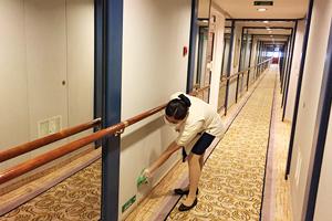 廊下の消毒