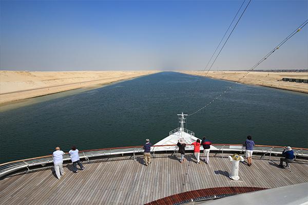 スエズ運河通航